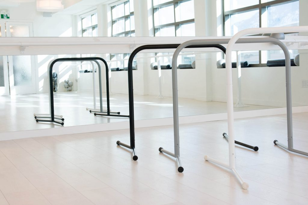 mirror black gray white freestanding fitness barres